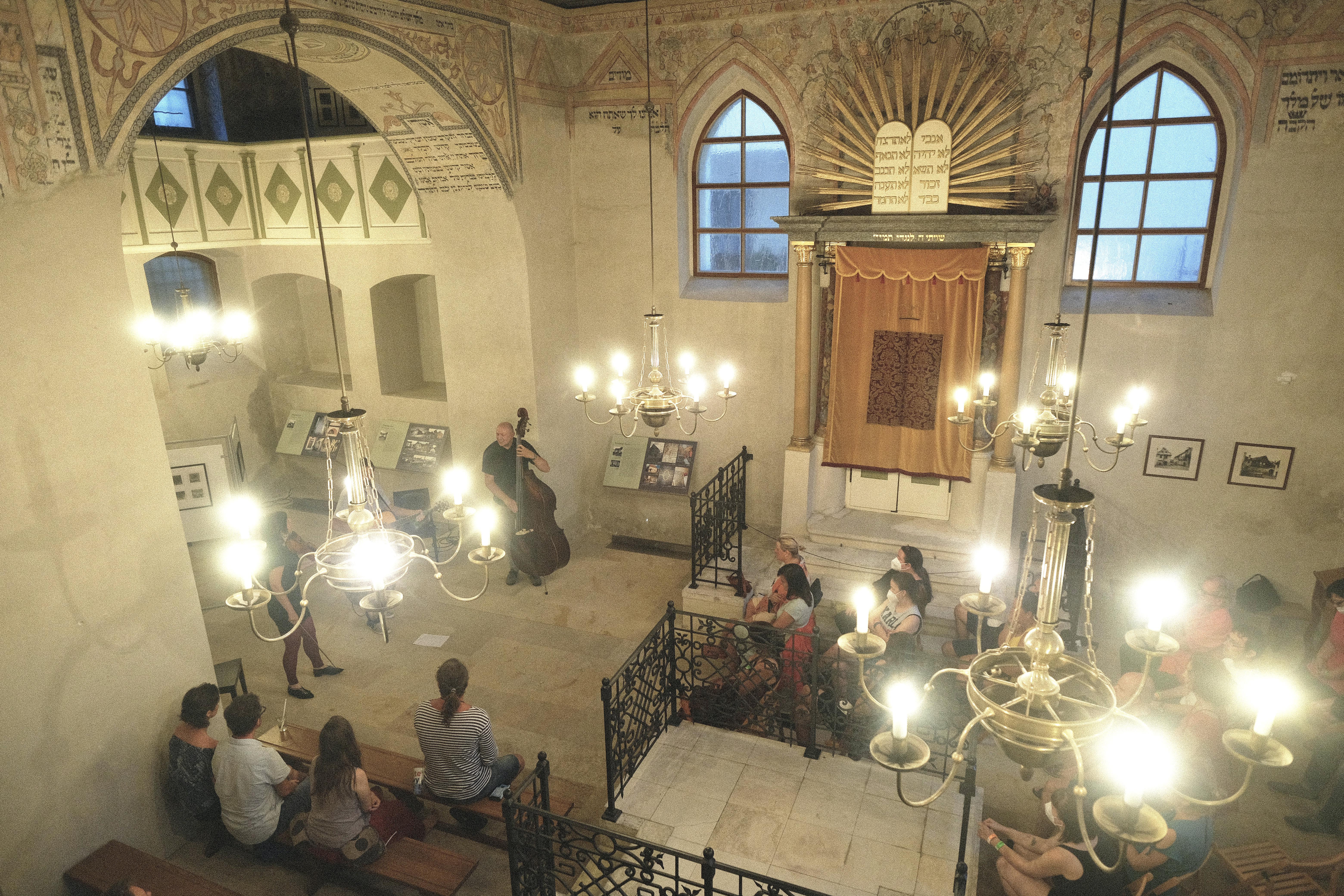 Wiesner je také autorem posledních úprav interiéru boskovické synagogy