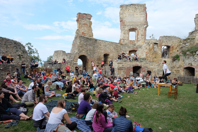 Festivalová divadelní scéna na boskovickém hradě