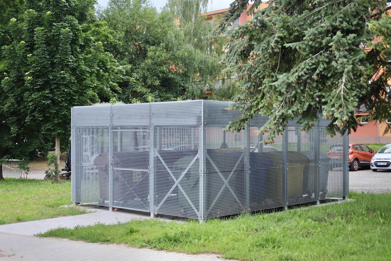 Nové kontejnerové stání na Bílkově ulici