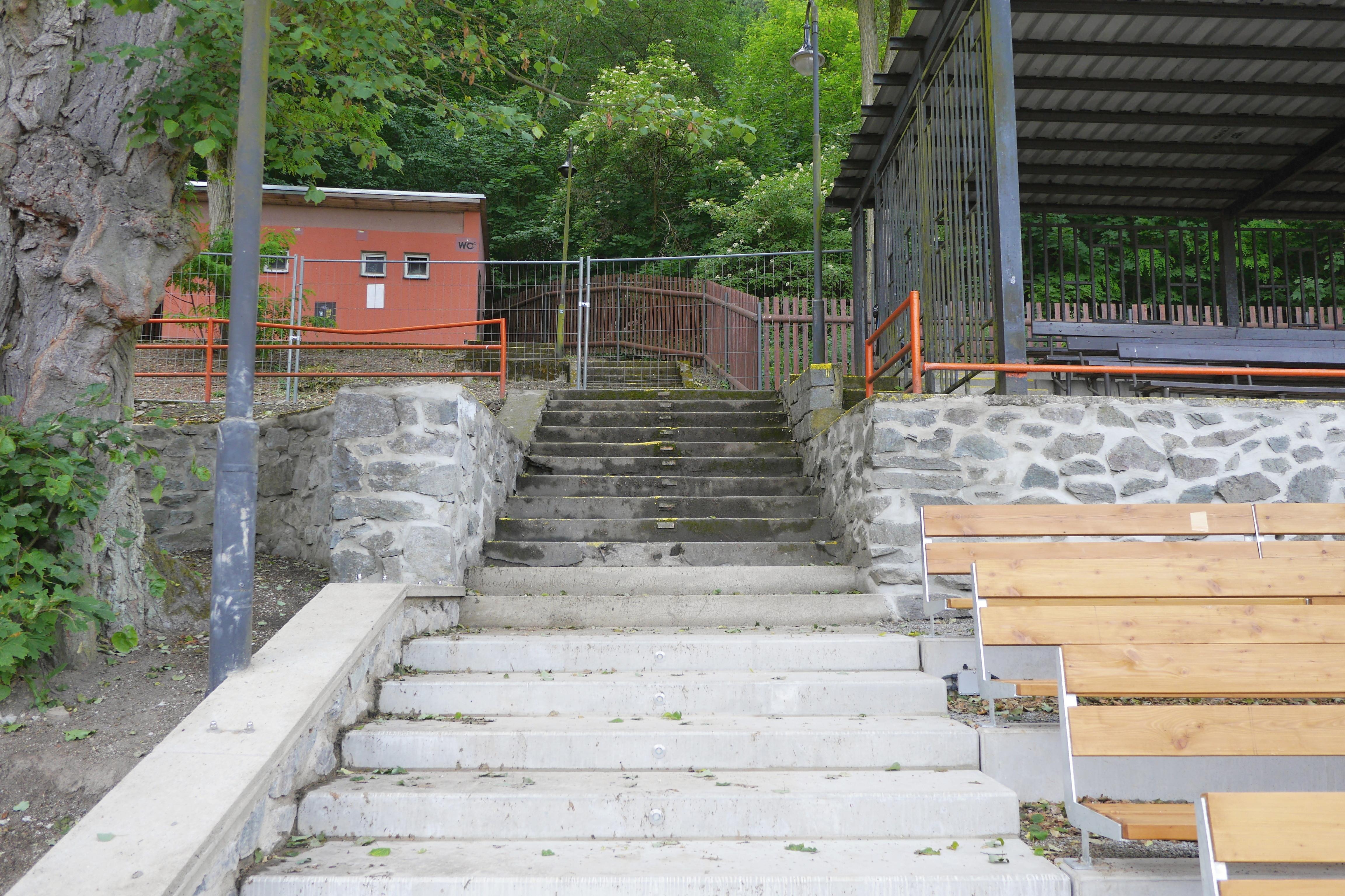 Nové astaré schody